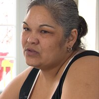Jenny Regis  croit que les femmes de sa communauté doivent profiter de l'Enquête nationale sur les femmes et les filles autochtones disparues et assassinées pour briser le silence.