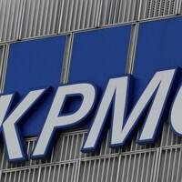 Le logo de la firme KPMG.