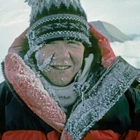 Une femme en Antarticque en 1988.