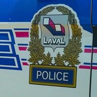 Une voiture de police de la ville de Laval.