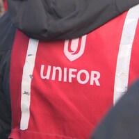 Un dossard Unifor.