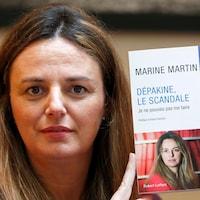 Marine Martin et son livre.