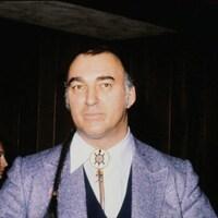 Plan buste de Max Gros-Louis en 1978.