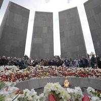 Cérémonie en 2017 au mémorial du génocide arménien à Erevan.