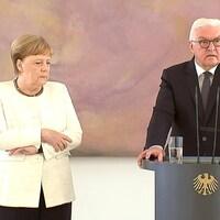 La chancelière allemande Angela Merkel a été prise de tremblements lors de sa rencontre avec le président Frank-Walter Steinmeier à Berlin.