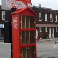 Une «boîte à sacs» sur la rue Masson à Montréal