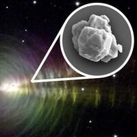 Un grain de poussière d'étoile en gros plan (dessin).