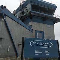 La station d'information de vol de Nav Canada à Rouyn-Noranda.