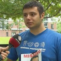 Nicholas Fontanelli répond aux questions des journalistes.