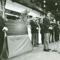 L'inauguration de l'aréna du PEPS en 1976.