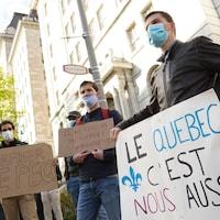 Une manifestation contre la réforme du PEQ à Québec