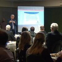 La chambre de commerce de Sept-Îles a organisé mercredi une conférence sur le désenclavement de la Côte-Nord.