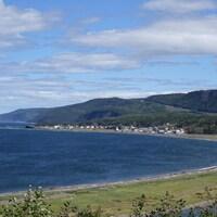 Plage du village de Sainte-Madeleine-de-la-Rivière-Madeleine, en Gaspésie