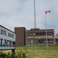 Les bureaux de la police de Sault-Sainte-Marie, en Ontario.