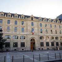 Façade de la préfecture de police de Paris.