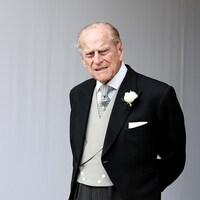 Portrait du prince Philippe en habit.