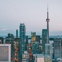 La ligne d'horizon de Toronto avec la Tour CN.