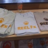 T-shirts avec le logo de Reel FX
