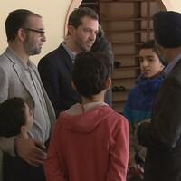 Des représentants du gouvernement fédéral ont offert leur condoléances à la communauté musulmane de Québec deux semaines après l'attentat