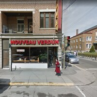 Le restaurant, vu de la rue.