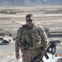 Une photo datée du 5 novembre 2007. Roland Thériault est en uniforme de combat en Afghanistan.