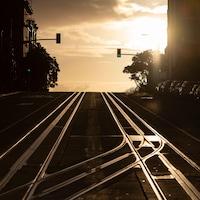 Une rue déserte de San Francisco.