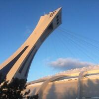 La tour du stade olympique.