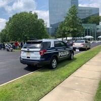 La police fortement présente près du siège du quotidien USA Today