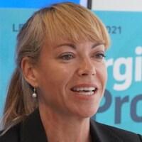 Collage des photos des deux candidats lors de leur lancement de campagne.