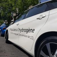 Une voiture propulsée à l'hydrogène.