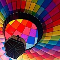 Une montgolfière en vol.