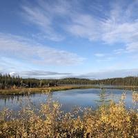 Un lac dans les environs de Yellowknife.