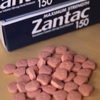 Des médicaments de marque Zantac.