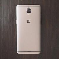 Le téléphone Android OnePlus 3T.