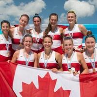 L'équipage du huit de pointe féminin