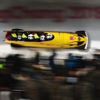 L'équipe allemande de Johannes Lochner en bobsleigh à quatre