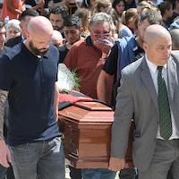 Emiliano Sala a été conduit à son dernier repos, samedi, dans sa ville natale de Progreso, en Argentine.