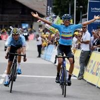 Le Colombien Harold Alfonso Tejada Canacue devance le Belge Mauri Vansevenant qui s'est emparé du maillot jaune au terme de la 7e étape du Tour de l'Avenir.
