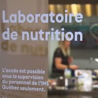 Le laboratoire de nutrition de l'INS à Montréal
