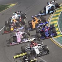 Lance Stroll (no 18) au départ du Grand Prix d'Australie