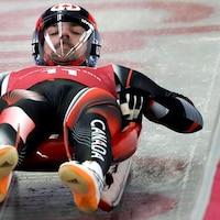 Le Canadien Sam Edney sur la piste de luge à Pyeongchang