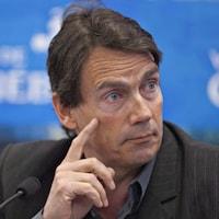 Pierre Karl Péladeau en conférence de presse.