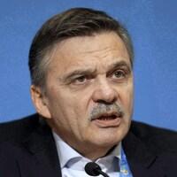 Le président de l'IIHF en conférence de presse