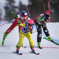 L'Allemande Heidi Zacher (à l'avant) en action devant la Canadienne Marielle Thompson (à droite) et la Suisse Fanny Smith.