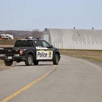 Une voiture de la Sûreté du Québec sur le chemin Ville-Marie à Beaumont.