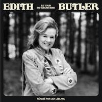Édith Butler, souriante.