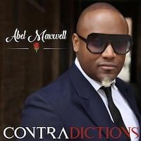 L'auteur-compositeur-interprète et conférencier Abel Maxwell s'intéresse aux contradictions dans son plus récent album, Contradictions.