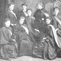 Les « Donaldas » de l'Université McGill désignent la première cohorte de femmes diplômées par l'établissement d'enseignement.