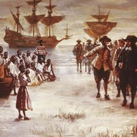 Un navire hollandais accoste avec des esclaves africains à son bord à Jamestown, Virginie, en 1619.