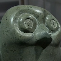 Sculpture de hibou de la collection inuit du Musée des beaux-arts de Winnipeg